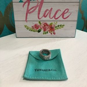 Tiffany's Somerset mesh ring